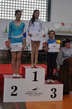 Aluna do CDM que conquistou um dos 2º lugares na classe de Ginástica